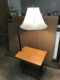 Side table with lamp  Visalia, 93277