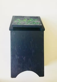 10.00 OBO Blue wood bin for bags or potatoes etc. Round Rock, 78665