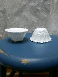 Pair White glass candle holders  Alexandria, 22301