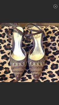 Women's Shoes NEED A NEW HOME $ is negotiable  Kennerdell, 16374