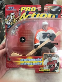 Pro Action. Eric Lindros