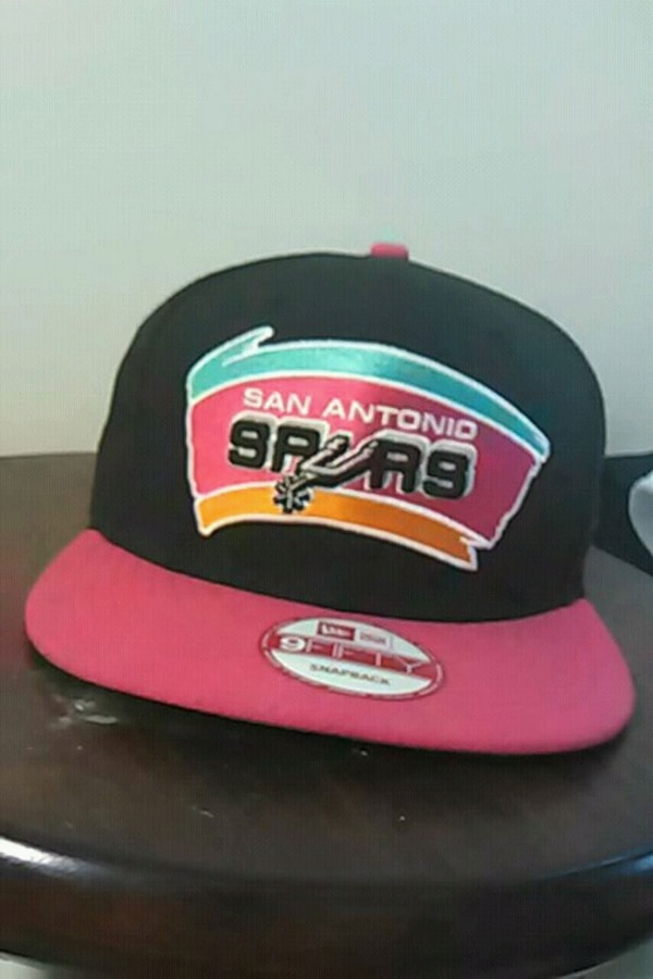 9c4466d5a3f Used New era snapback cap for sale in Parsippany-Troy Hills - letgo