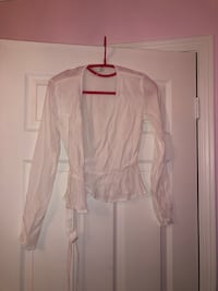 Wilfred free white wrap blouse Markham, L3P 1W2