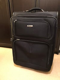 "Delsy 25"" rolling suitcases - 2 available Vancouver, V5Y 2G3"