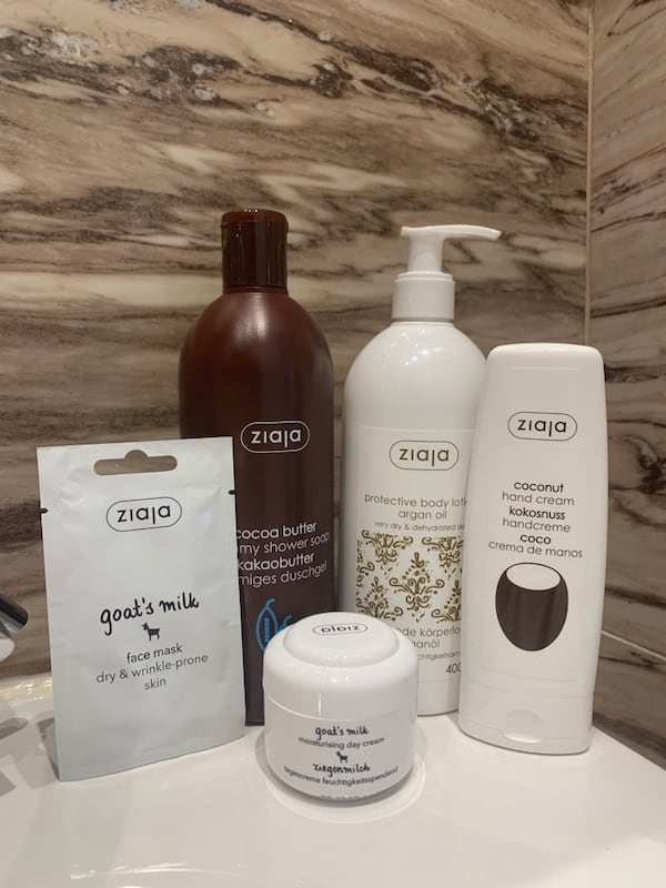 Mother s Day Self Care Basket 82cae531-c27a-4ba1-aff8-59aebcbcf1f9