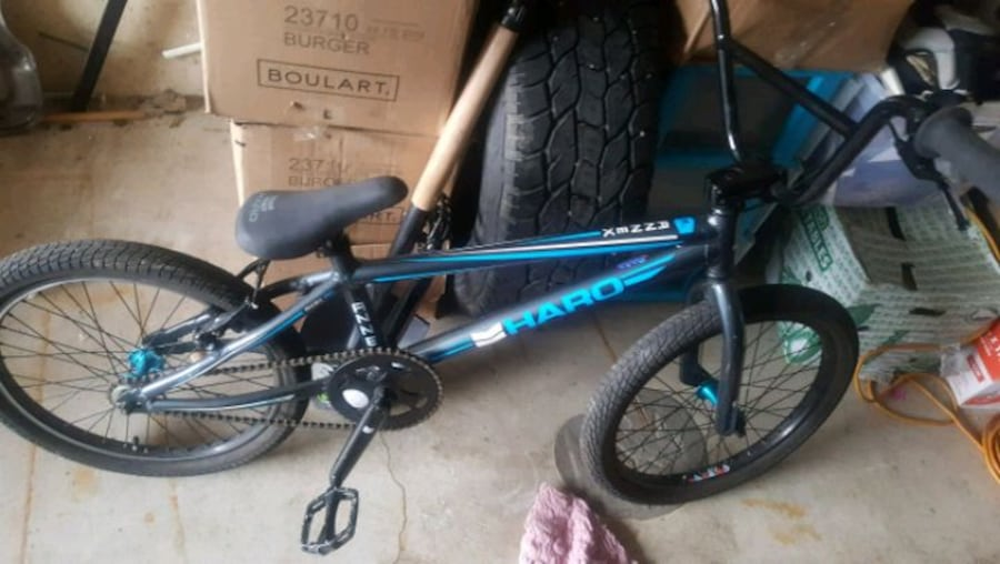Racing bike rarely used  (Phone number hidden by letgo)  95e4b176-5eea-47ad-973a-629fff7dce02