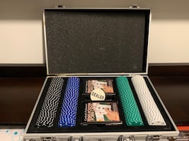 Poker set with case