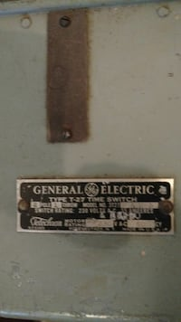 General Electric T-27 Timer Switch New Middletown, 44442