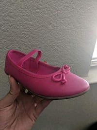 pair of pink leather slip-on shoes Turlock, 95382
