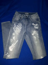 Graphic Ripped Jeans Ajax, L1S 7T3
