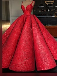 Red very very puffy gown ,available in a small to medium size,scroll down to see more pictures  Brampton, L6Z 0B4