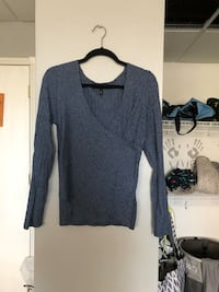 gray v-neck sweater Coopersville, 49404
