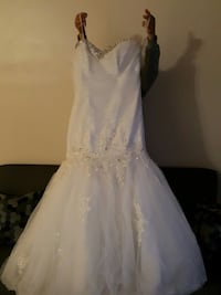white and gray bridal gown Ontario, M3N 1J6