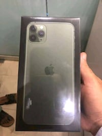 iPhone 11pro max..+ free shipping  Toronto, M6G
