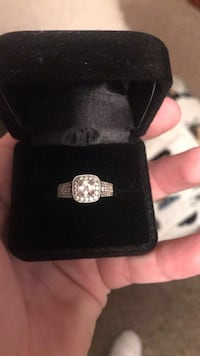 Silver diamond ring Greeley, 80634