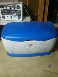 Little Tikes Toy Chest - excellent like new