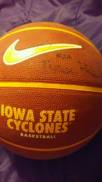 Signed iowa state basketball  Des Moines, 50315
