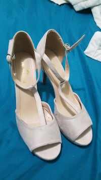 Brand new 8.5 size never used  Mississauga, L4T 1R6