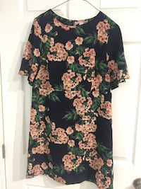 Flowered dress from Forever 21 (never worn!)  Georgetown, L7G 5J9