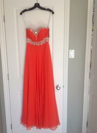 Women's red spaghetti strap dress Ottawa