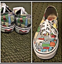 Size 7 in women. Vans  Chicago, 60653