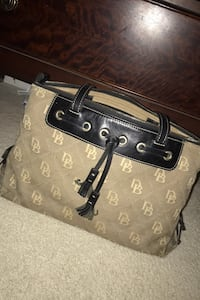Authentic Dooney and Bourke purse Ijamsville, 21754