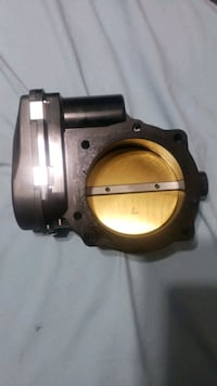 5.7 or 6.1 hemi 85MM throttle body Houston, 77045