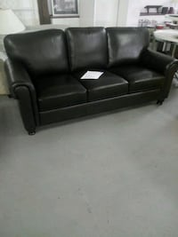 New leather sofa Martinsburg, 25401