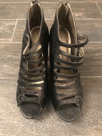 Women's shoes size 8 Coachella, 92236