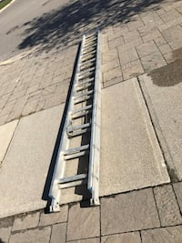 Aluminum 24' foot tall ladder in good working condition Vaughan, L4J 6A7