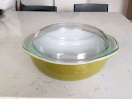 pyrex covered bowl
