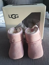 Baby uggs Mississauga, L5B 0A1