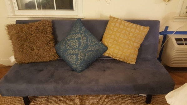 Ikea couch with optional throw pillows