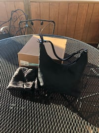 Black Gucci bag Purcellville, 20132