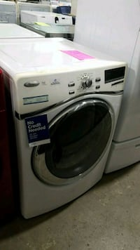 Whirlpool natural gas dryer 27inches!  Queens