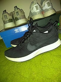 Black and white nike free run name a price and  Cartersville, 30121