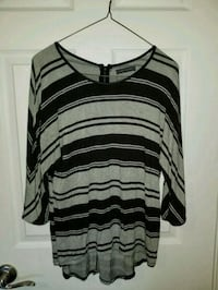 black and gray stripe scoop-neck shirt Quinte West, K0K 2B0
