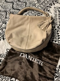 Danier Leather Purse Toronto, M2R 3M2