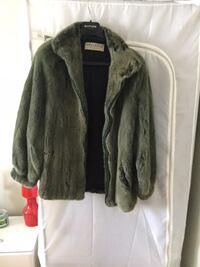 Light green fur coat. Size M-L Laval, H7T 2S1
