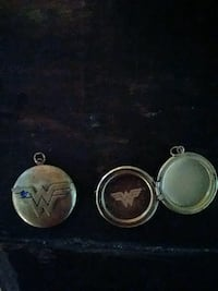 Two gold wonder woman lockets Pueblo, 81004