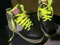 Youth 6.5 Air Force 1 Boots Chicago, 60617