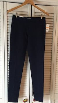 Crown & Ivy  navy   sz small regular Cleveland, 37312