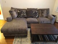 Sectional sofa + coffee table Boston, 02134