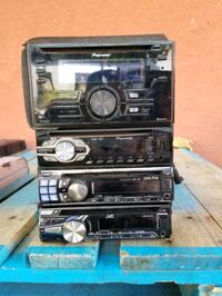 A few radios...price is for each.. Queens, 11385