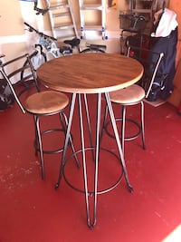 round brown wooden table with two chairs Woodbridge, 22192