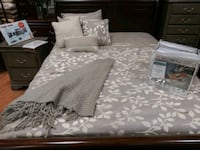 Queen bed with frame Sterling, 20166