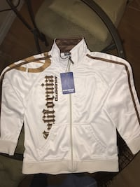 Boys size 10 urban jersey (Non stop)can meet at Broadview TTC station Toronto, M4M 1M1