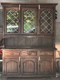 China Cabinet Brentwood, 37027