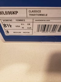 Womens New Balance size 8 1/2 Centreville, 20120