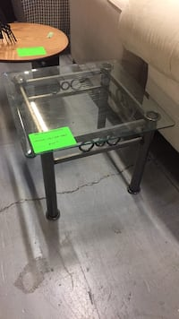 Wrought Iron End Table Toronto, M1X 2E4
